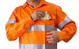 Surveillant ou homme de travail avec la participation élevée de chemise de visibilité et le c Photo libre de droits