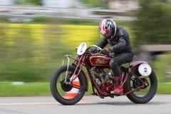 Surveiller-Coureur indien de motocyclette de cru de 1926 Image libre de droits