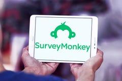 SurveyMonkey logo royaltyfri fotografi