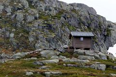 Survival cabin on the way to Trolltunga, Hordaland county, Norway.  royalty free stock photography