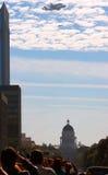 Survol de Sacramento d'effort de navette  photographie stock