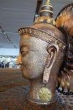 Surya, het grote gouden standbeeld in internationale Luchthaven van Delhi royalty-vrije stock foto