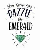 Sus ojos verdes deslumbran como esmeralda Fotografía de archivo