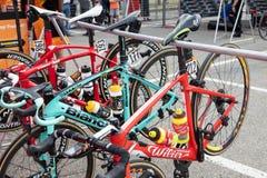 Susa Italien, Maj 26, 2018: cykeln av idrottsman nen arrangerar 20 av Arkivfoto
