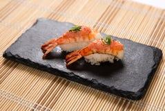 Sushi Aburi Ebi Mentai (in Brand gesetzte Garnele) Lizenzfreie Stockbilder