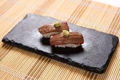 Sushi Aburi Otoro (in Brand gesetzte Tuna Belly) Lizenzfreie Stockfotos
