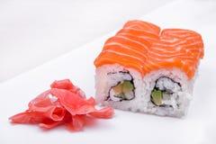 Sushi ajustado com salmões Imagens de Stock Royalty Free