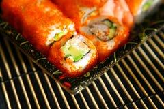 Sushi, alimento giapponese tradizionale Fotografia Stock Libera da Diritti