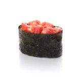 Sushi, atum, em um fundo branco Imagens de Stock