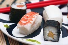 Sushi auf der Tischdecke, Sonderkommando Stockfoto