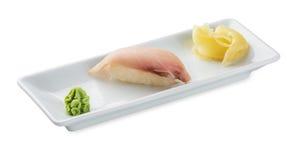 Sushi avec des espadons D'isolement sur le blanc Images libres de droits