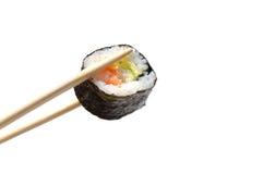 Sushi in bastoni dei sushi Fotografia Stock Libera da Diritti
