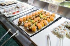 Sushi-Buffet-Servierplatte Stockbilder