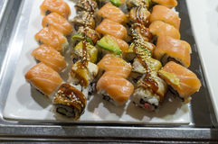 Sushi-Buffet-Servierplatte Lizenzfreies Stockbild