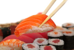 Sushi com chopsticks Imagem de Stock