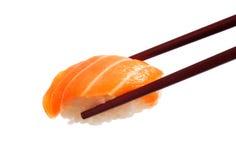 Sushi con le bacchette Immagine Stock