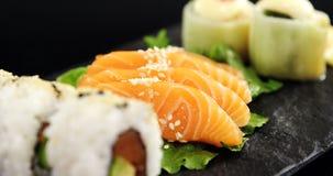 Sushi con le bacchette archivi video