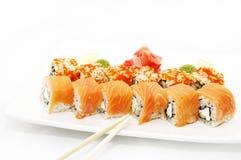 Sushi con uovo di pesce dei pesci di volo Immagini Stock Libere da Diritti