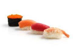 Sushi d'isolement à l'arrière-plan blanc Photos stock