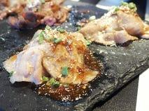Sushi da carne de porco da fatia foto de stock royalty free