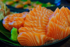 Sushi de los salmones del Sashimi Imagen de archivo libre de regalías