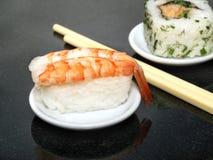 Sushi de Nigiri avec la crevette rose Image stock