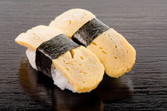 Sushi de Tamago Fotografía de archivo