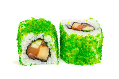 Sushi del maki de Uramaki, dos rollos aislados en blanco Fotografía de archivo