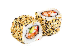 Sushi del maki de Uramaki, dos rollos aislados en blanco Fotos de archivo libres de regalías