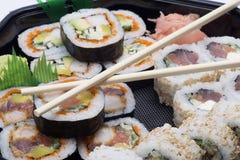 Sushi del surtido con los palillos Imagen de archivo