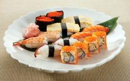 Sushi della miscela Fotografie Stock Libere da Diritti