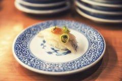 Sushi in der japanischen Gaststätte Lizenzfreies Stockfoto