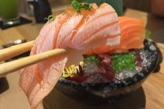 Sushi di color salmone di aburi della pancia Fotografie Stock Libere da Diritti