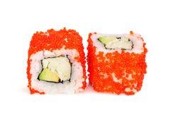 Sushi di maki di Uramaki, due rotoli isolati su bianco Fotografia Stock Libera da Diritti