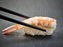 Sushi do camarão fotografia de stock royalty free