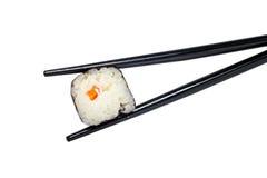 Sushi e chopsticks Imagens de Stock Royalty Free