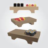 Sushi em uma bandeja de madeira Fotos de Stock