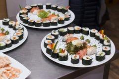 Sushi em uma placa Imagem de Stock