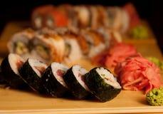 Sushi en restaurante japonés Imagen de archivo libre de regalías