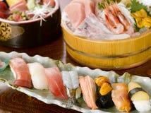 Sushi et sashimi Photos stock
