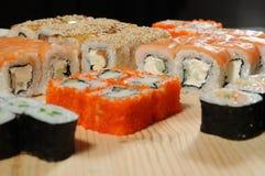 sushi för rullforstudio Arkivfoton
