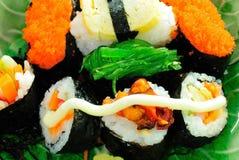 sushi för serie för closeupmat japanska Arkivfoton