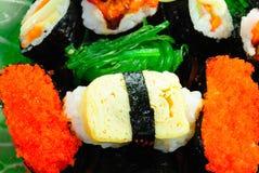 sushi för serie för closeupmat japanska Royaltyfri Bild