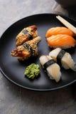 Sushi frais de plat photos libres de droits
