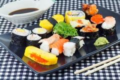 Sushi giapponesi dei frutti di mare Immagini Stock Libere da Diritti