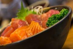 Sushi i bunkecloseup Fotografering för Bildbyråer