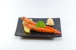 Sushi japonais de crevette sur le fond blanc Image libre de droits