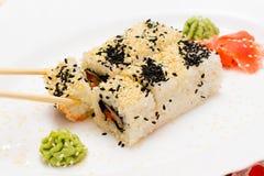 Sushi japonais traditionnels de nourriture Image libre de droits