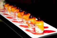 Sushi juteux dans la plaque Photographie stock