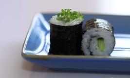 Sushi maki cucmumber Rolle stockbild